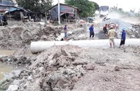 Nước lũ ĐBSCL lên nhanh do sự cố vỡ đập ở Lào và triều cường