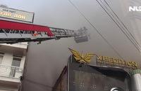 Cháy lớn tại trung tâm Đà Lạt, hàng trăm du khách hoảng loạn