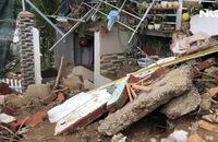Mưa lũ ở Nha Trang: Công trình không phép sạt lở làm chết 4 người dân