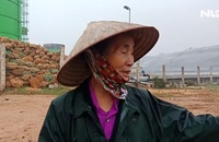 Vì sao người dân chặn xe chở rác vào bãi rác Nam Sơn?