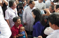 Bộ trưởng Bộ Y tế nhắc mẹ các bệnh nhi sởi đi chích ngừa