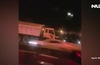 Tài xế chạy ngược chiều trên cao tốc, bị phạt 7,5 triệu đồng, tước bằng lái 5 tháng