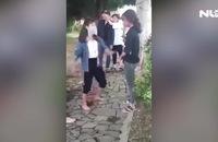 Hai nữ sinh lớp 10 ở Quảng Bình bị bạt tai, lột áo