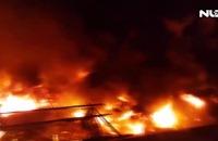 Cháy chợ kinh hoàng, 45 ki-ốt bị thiêu rụi