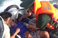 Khẩn cấp cứu ngư dân bị đột quỵ trên biển
