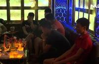 Phát hiện hàng chục đối tượng phê ma túy trong quán karaoke