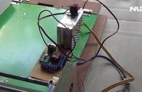 Thầy giáo chế tạo máy cuốn giấy hỗ trợ chấm thi trắc nghiệm
