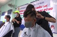 """Cắt tóc miễn phí cho công nhân viên chức - lao động """"Trong mùa dịch Covid-19"""""""
