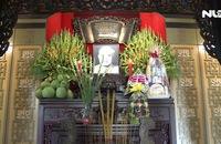 Lãnh đạo LĐLĐ TP HCM dâng hoa tri ân Chủ tịch Tôn Đức Thắng