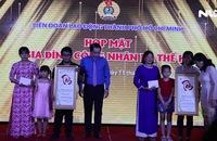 Tôn vinh 21 gia đình công nhân