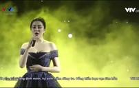 "Hoa hậu Nguyễn Thị Huyền hát ""Million years ago"""