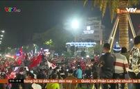 Biển người đổ ra đường ăn mừng U22 Việt Nam vô địch SEA Games 30