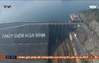 Hồ thủy điện Hòa Bình cạn nhất trong 30 năm qua