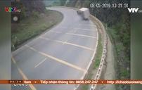 Tai nạn do phóng nhanh khi vào cua