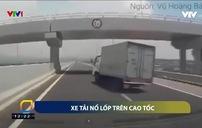 Xe tải bị nổ lốp trên cao tốc Hạ Long - Hải Phòng