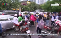Nhiều bậc phụ huynh không chấp hành luật giao thông
