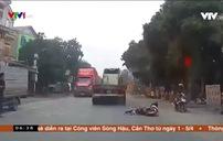 Va chạm giao thông, nữ sinh may mắn thoát nạn