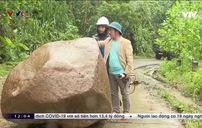 Miền núi Quảng Nam tiếp tục bị chia cắt do mưa lớn, sạt lở