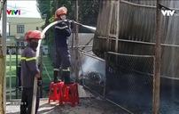 """""""Bà hỏa"""" thiêu rụi cơ sở thu mua thủy sản ở Quảng Nam"""
