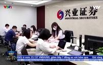 Nhiều nhà đầu tư nhỏ Trung Quốc rót tiền vào các quỹ đầu tư chuyên nghiệp