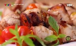 Góc bếp quê nhà: Thịt ba rọi cuộn cà chua bi