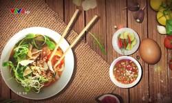 Góc bếp quê nhà: Bún vịt nấu tiêu