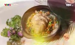 Bếp nhà: Đùi gà nhồi táo