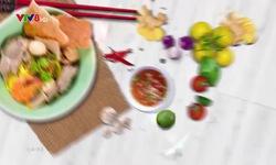 Bếp nhà: Bí đỏ hải sản nước cốt dừa
