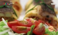 Bếp nhà: Cơm cuộn kim chi và cá rô