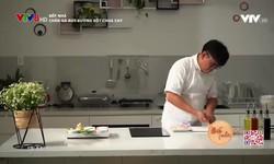 Bếp nhà: Chân gà rút xương sốt chua cay