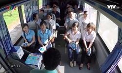 Chuyến xe buýt kỳ thú: Trên thành phố công nghiệp