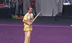 Phần thi kiếm thuật nữ của Dương Thúy Vi