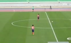 VIDEO: Xuân Trường kiến tạo cho đồng đội ghi bàn mở tỉ số
