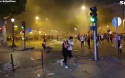 Cảnh sát Pháp giải tán đám đông quá khích