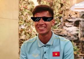 Trung vệ Nguyễn Văn Đạt của U22 Việt Nam tự nhận mình tóc đẹp nhất đội và ham ăn nhất đội
