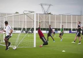 Ronaldo hội quân cùng đồng đội, sẵn sàng cho trận ra quân tại Serie A