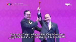 Talk Vietnam: Tiến lên, cùng tiến lên