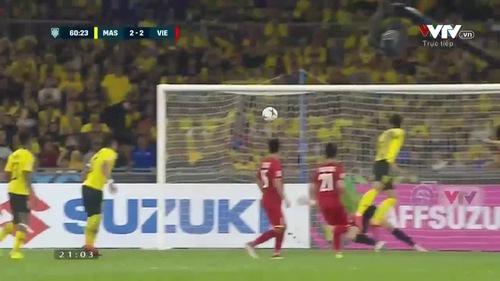 ĐT Malaysia 2-2 ĐT Việt Nam: Safawi sút phạt đẹp mắt gỡ hòa (60')
