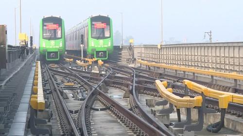 Cận cảnh tàu đường sắt Cát Linh - Hà Đông chạy thử
