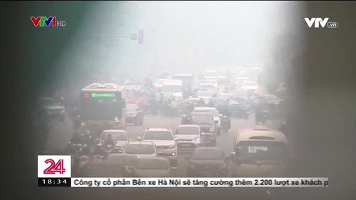 Hà Nội: Ô nhiễm không khí, người dân vẫn ra đường ngày cuối tuần