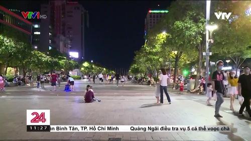 TP Hồ Chí Minh: Cuộc sống về đêm đã nhộn nhịp trở lại