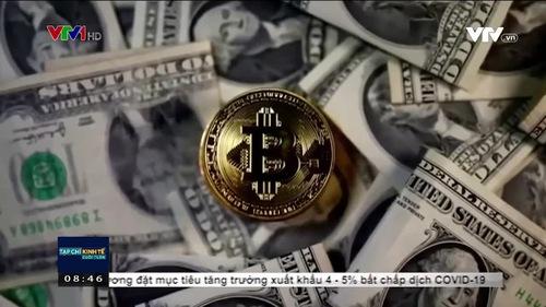 """Lên xuống thất thường, nhà đầu tư thót tim với """"tàu lượn"""" Bitcoin"""