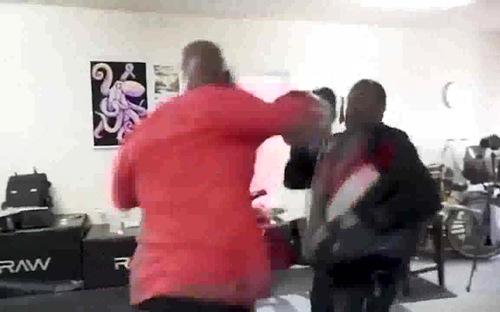 Sẽ có trận so găng thế kỉ Mike Tyson vs Tyson Fury?
