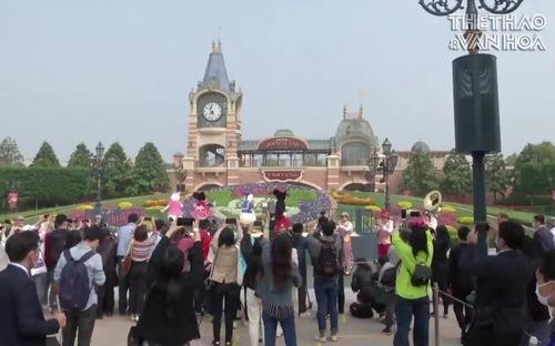 Disneyland Thượng Hải mở cửa đón du khách sau dịch Covid-19