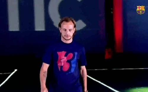 Rakitic chia tay Barcelona với mức phí bèo bọt