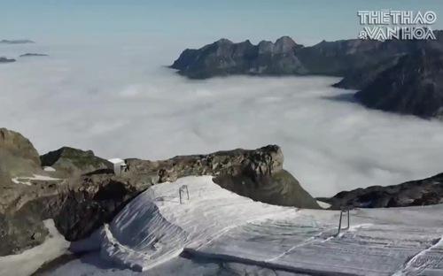 Thụy Sĩ: Bảo vệ bề mặt sông băng bằng vải lông cừu