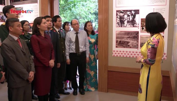 Trưng bày chuyên đề: ''Chủ tịch Hồ Chí Minh - người sáng lập, lãnh đạo và rèn luyện Đảng Cộng sản Việt Nam