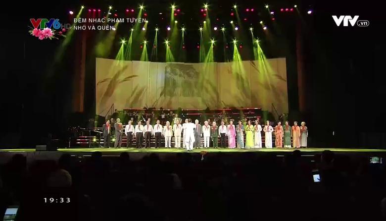 Đêm nhạc Phạm Tuyên: Nhớ và quên
