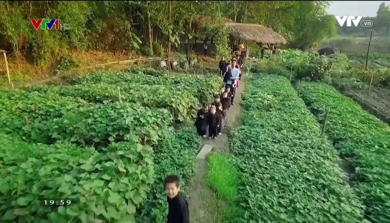 S - Việt Nam: Hội làng của người Tày ở Thái Nguyên