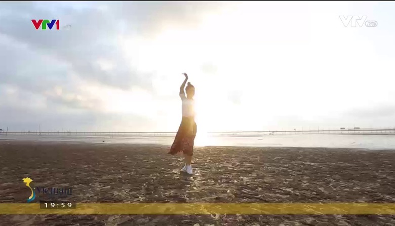 S - Việt Nam: Vũ điệu của biển